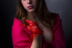 MM_sara-bdwns-lady-in-red